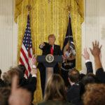 Trump et les médias : retour sur quatre ans de tensions